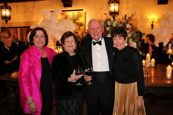 Stacy Schmitz, Kathleen Gansereit, Carl and Catherine Gilchrist