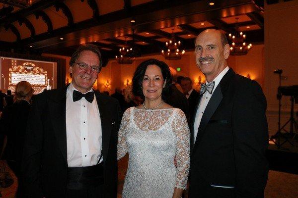 Bob and Thelma Boles, Ren Gruber