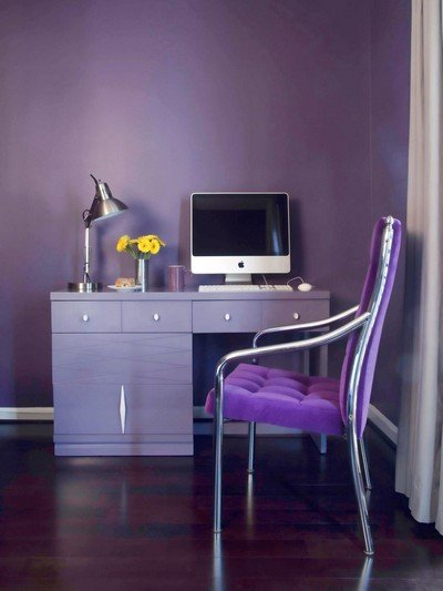 pantone ultra violet COY2018 image.jpg