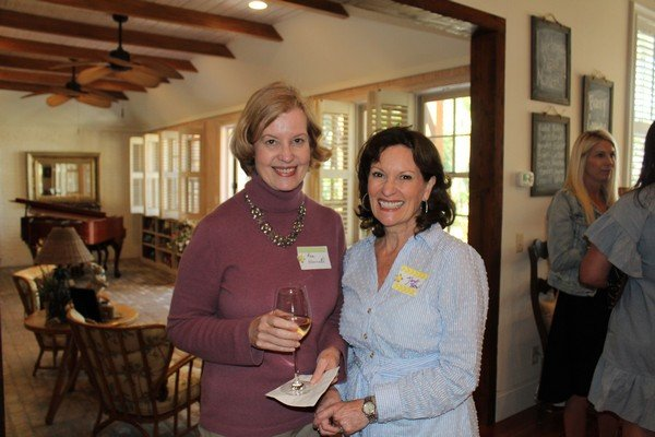 Ann Harrell, Janet Brown