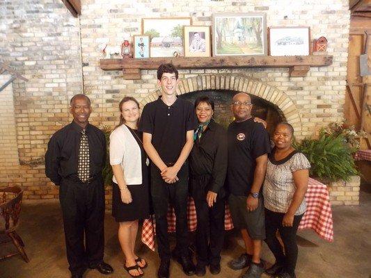 Bennie's Red Barn staff