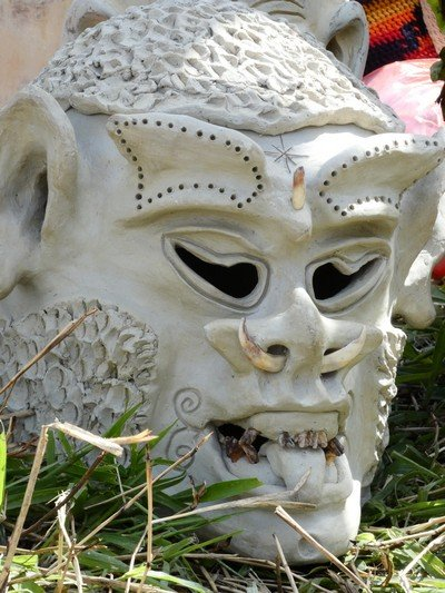 Mount Hagen Sing Sing mud mask 02