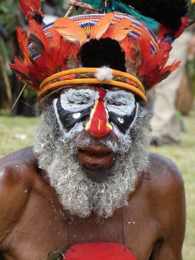 Mount Hagen Sing Sing face detail 02