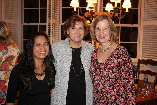 Charlotte Zell, Bess Thompson, Ann Harrell