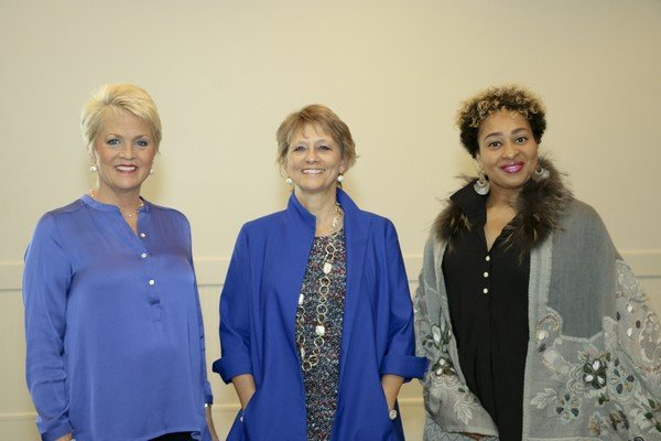 Kay Miller, Lynda Stevenson, Diana Holmes