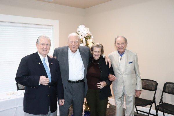 Dewey Benefield, Hugh Nunnally, Helen and Pep Peppiatt