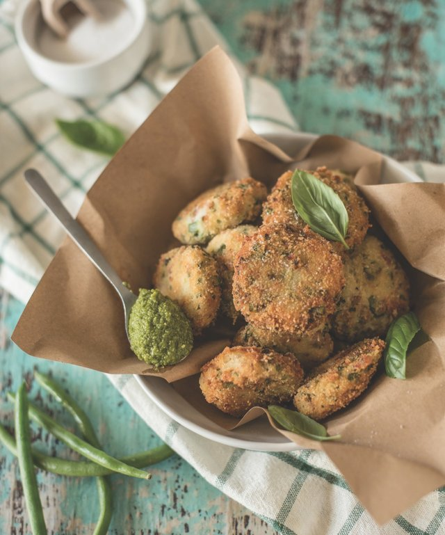 Polpette with pesto