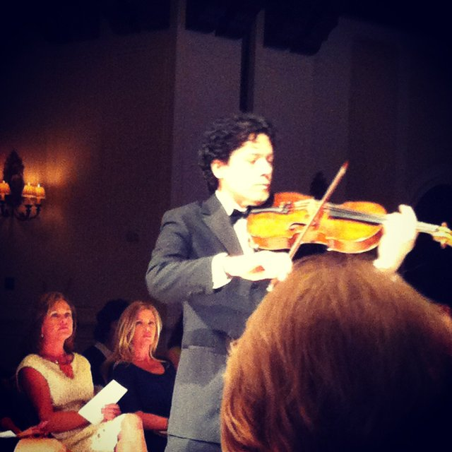 violin at zang toi.jpg