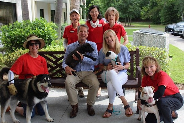 GA Governor Brian Kemp and First Lady Marty Kemp at the Humane Society of South Coastal Georgia