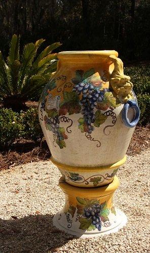 Garden5_vase_small.jpg