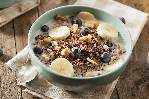 Chocolate Quinoa Breakfast Bowl
