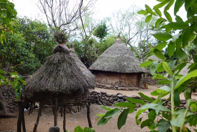 Konso tiered rooftop