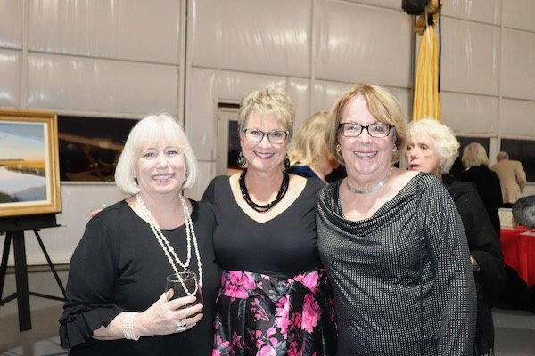 Melissa Jensen, Barb Scragg, Diane Tjaden