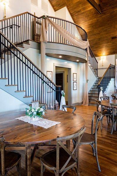 Cedar Lodge at Honey Creek stairs