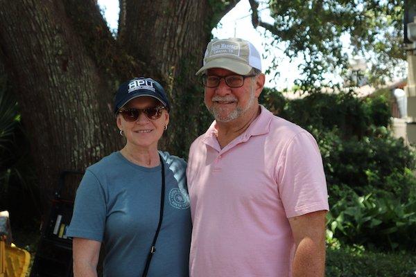 Elizabeth and Bob Thompson