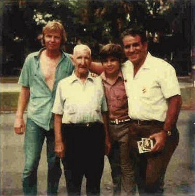 Jon  Voight,  Domingos Manita,  Joe  Willie  Sousa,  and  Papa Joe  Sousa  during  the  filming  of Conrack  in  1973.