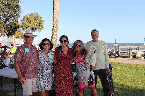 Clark and Linda Isaac, Jennifer Podlin, Amy and Clark Mulford