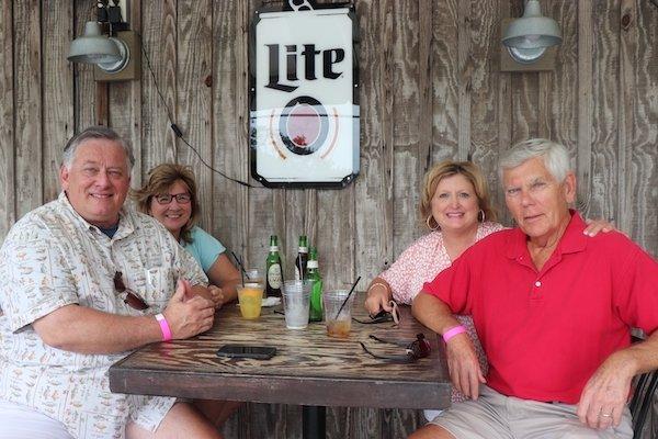 Bill and Carol Thomas, Wanda and Jeff Shue