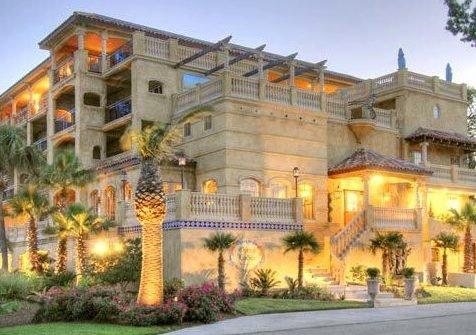 Ocean Lodge & Rooftop