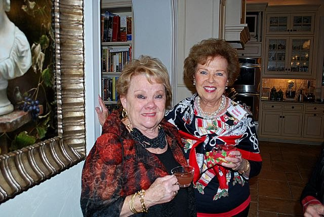 Beverly Oliff, Claudia Malone