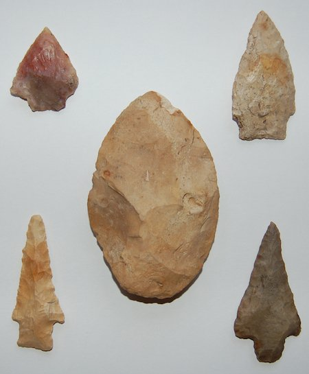 Projectile point artifacts from SSI