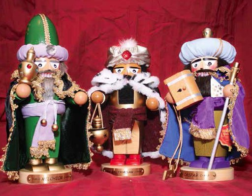 Three Wise Men Nutcrackers.png