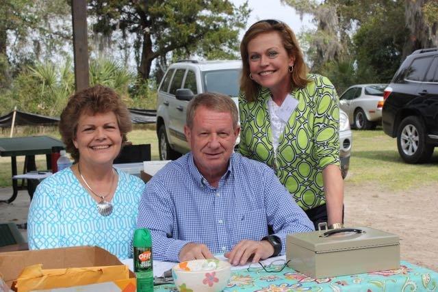 Lynne and Ed Turner, Beth Smith