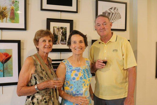 Barbara Browne, Linda Olsen, Ken Thomas