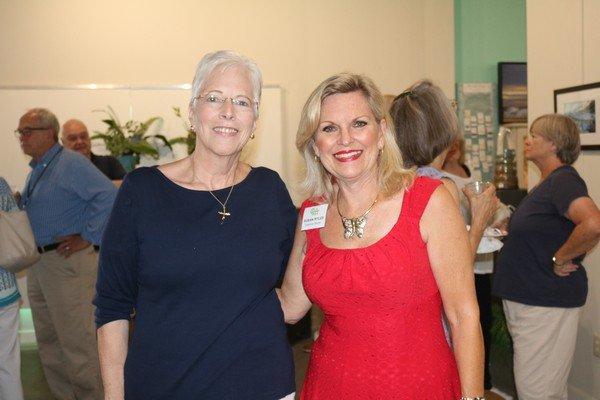 Liz Bahrns, Susan Ryles