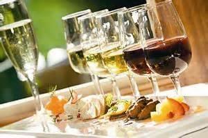 wine hors doeuvres.jpg