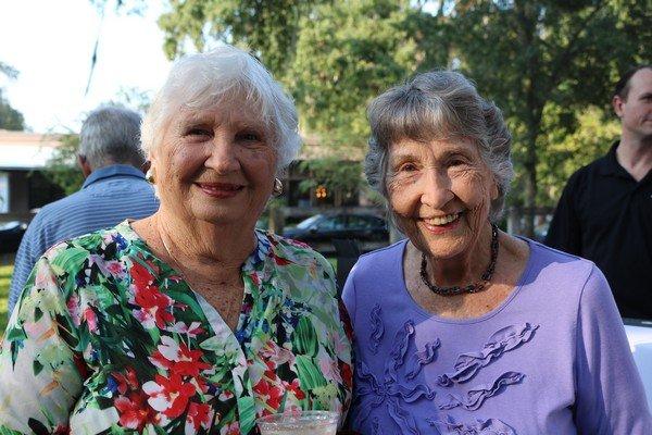 Jeanne Warwick, Mary Lang Morris
