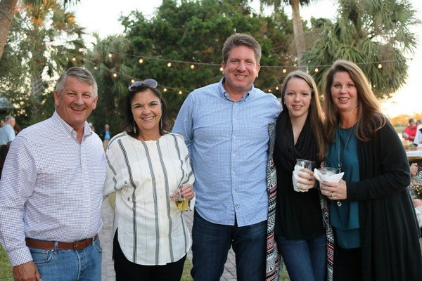 Dana and Donna Mason, Chris, Helena, and Kathi Hardy