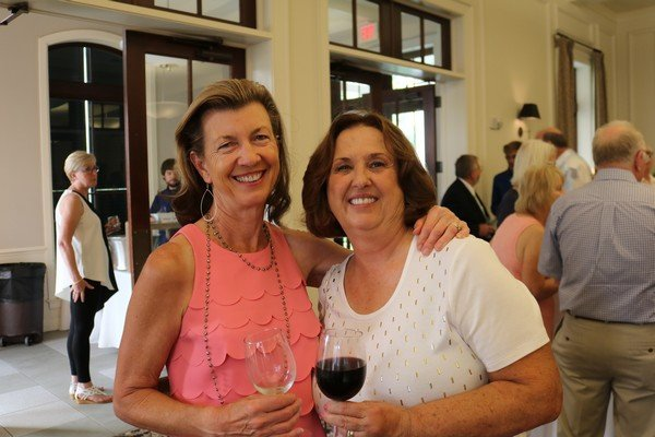 Nancy Krabill, Laura Jackson