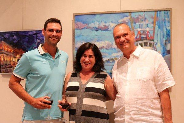 Jordan Dykes, Debbie and Mike Dykes