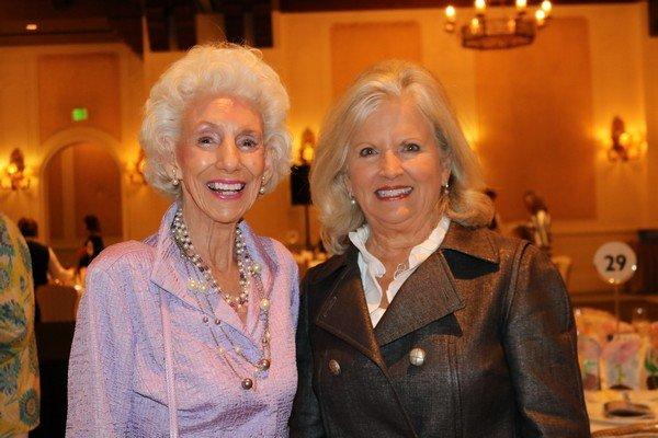 Gloria Cowart, Edie Vinson