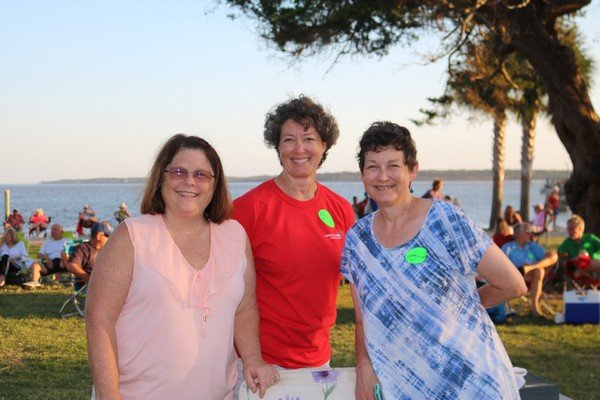 Joanne Zanetos, Lisa Jinkins, Heather Heath