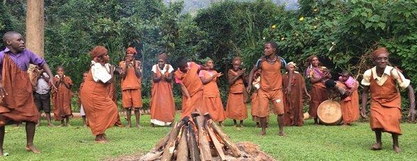 Uganda tribal dancing.jpg