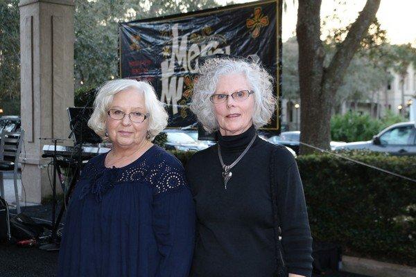 Cheryl Popiel, Marianne Gibson